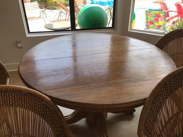 Vintage Oak table n chairs – price drop!